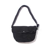 FLAP MESSENGER BAG-ALL BLACK