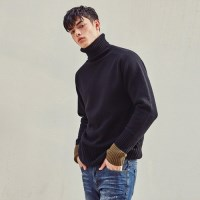 WOOL TURTLENECK PULLOVER SWEATER (BLACK)