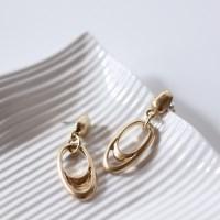 Oval drop earring (타원 드롭 귀걸이)