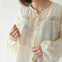 Ethnic tassel blouse
