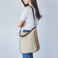CANVAS 2 SHOULDER BAG
