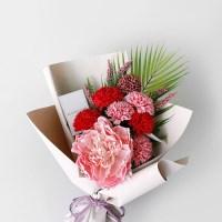비누꽃 카네이션 & 아레카 꽃다발