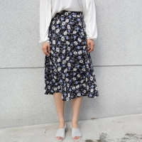 Romantic flower skirt