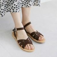 Punching design sandals