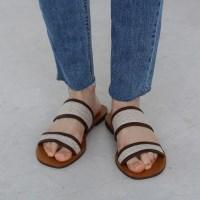 Natural double line slipper
