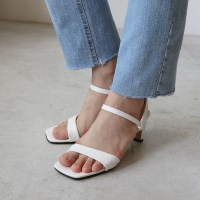 Python texture sandal heel