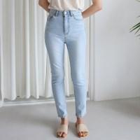 Cool washing slim denim pants