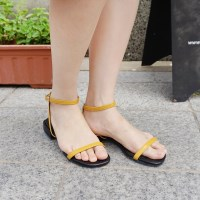 Minimal strap sandals