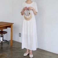 Back point light long dress