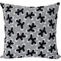 Winterberry Cushion by Linda Svensson