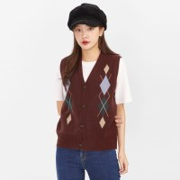 argyle button vest_(1043388)