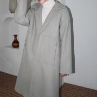 Non button pocket coat