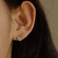 Alice Heart Earring