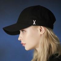 트와이스 미나 착용 [바잘] 스터드 로고 오버핏 볼캡 블랙