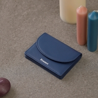 FENNEC HALFMOON ACCORDION POCKET - DUSTY BLUE
