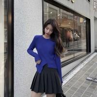 러블리한 블루 라운드넥 오피스룩 니트 티셔츠