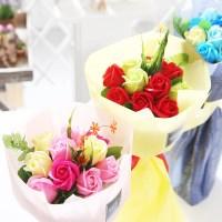 장미 10송이 꽃다발 레드 로즈데이 성년의날 부부의날_(2666832)