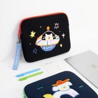태블릿 파우치_우주 (13인치)