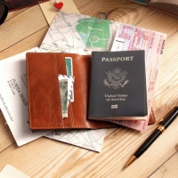 LAYBLOCK TRAVEL EASY PASSPORT VegetableBrown
