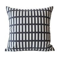 Enjoy Peace Cushion �������ǽ����[50x50][Deepgrey / Ivorywhite]