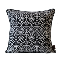Jacquard Loom Cushion ��ī�� �� ��� [Black]
