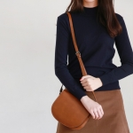 Daily half neck slimming knit