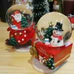 밝고 경쾌한 산타&눈사람 워터볼 오르골