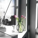 NUDE VASE ( H200 ) + GLASS VASE