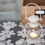 RETRO TEALIGHTS HOLDER