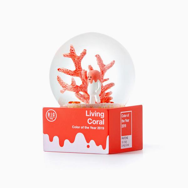 [빅더토이] 팬톤 리빙코랄 콜라보 스노우볼 (Living Coral)