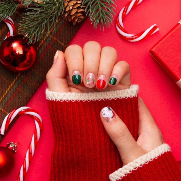 손끝부터 크리스마스 분위기