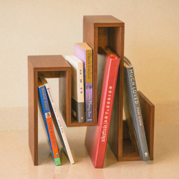 크기가 다른 책을 보기 좋게 놓을 수 있는 법