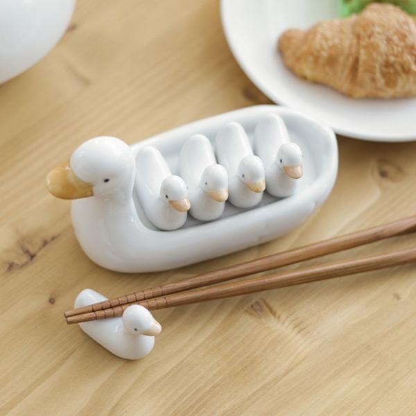 chopstick rest - duck family